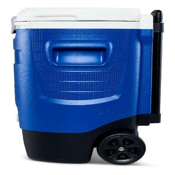 Igloo Beverage Roller Cooler