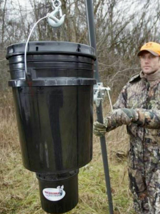 5 Gallon Timer Deer Game Feed Hunting Feeder