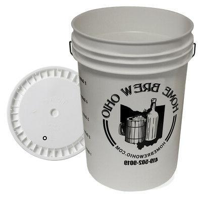 6.5 Gallon plastic fermenter with lid