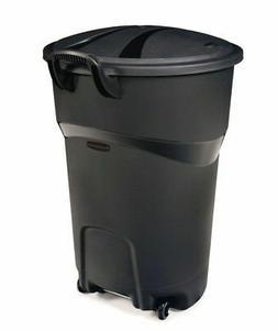 Rubbermaid Roughneck 32-Gallon Wheeled Trash Can, Black